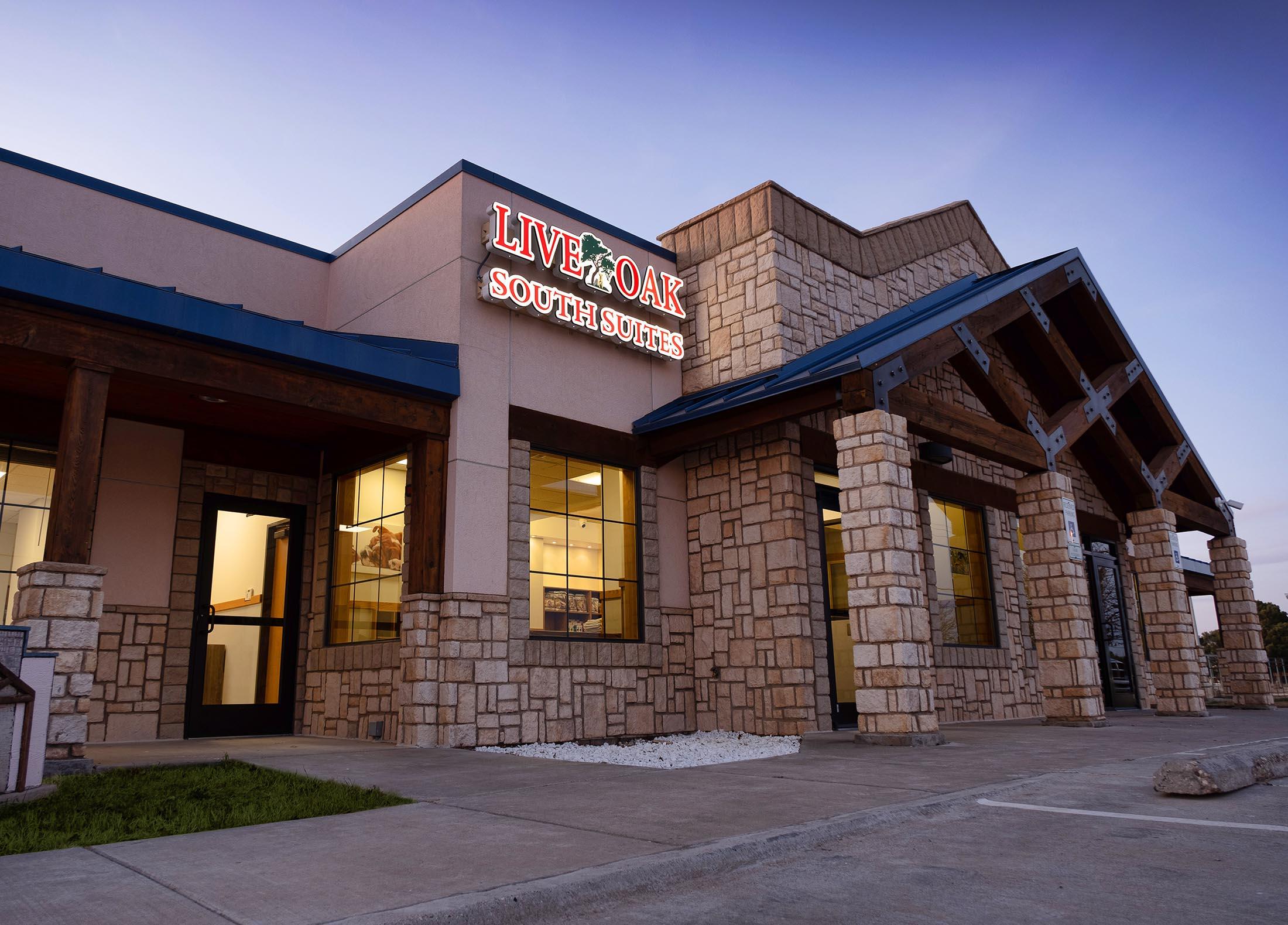 Live Oak South Pet Hotel Lubbock